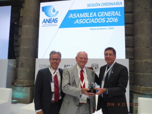"Doug Bartlett presenting the Herman Bouwer Award to Dr. Mario Lluria at 9th International Symposium on Managed Aquifer Recharge (ISMAR9). The symposium took place June 20-24, 2016. Also at the ISMAR9 conference, Doug Bartlett presented a paper titled ""Status on Updated ASCE/EWRI Guidelines on Managed Aquifer Recharge"""